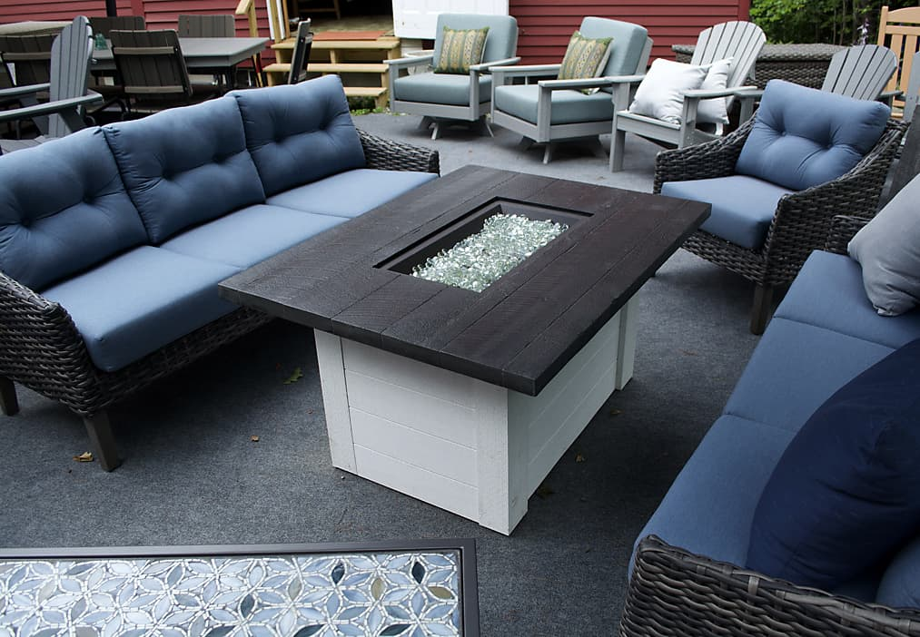 Kingsley Bate Sag Harbor all-weather wicker with Les Jardins coffee table